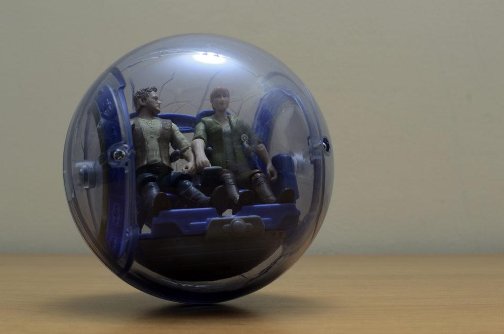 Mattel Owen & Claire Figure in Gyrosphere
