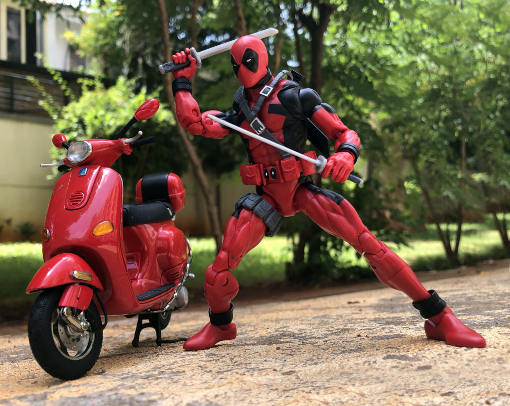 Marvel Legends Deadpool Hey You - Toy Photography