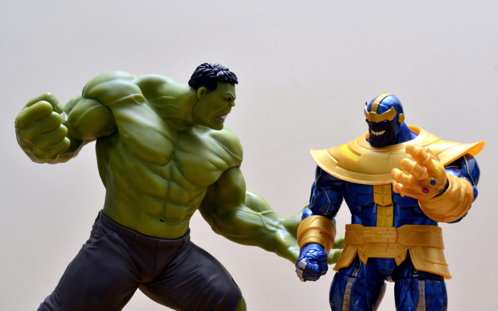 Hasbro Marvel Legends Thanos vs Hulk