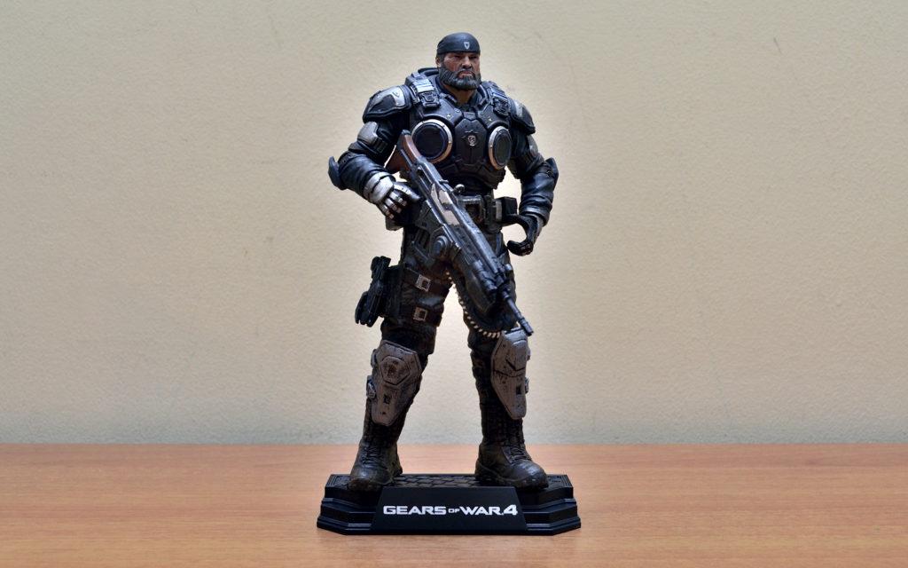 Gears of War-4 Marcus Fenix Figure in Base