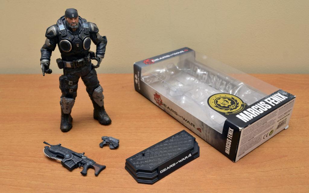 Gears of War-4 Marcus Fenix - Box Content