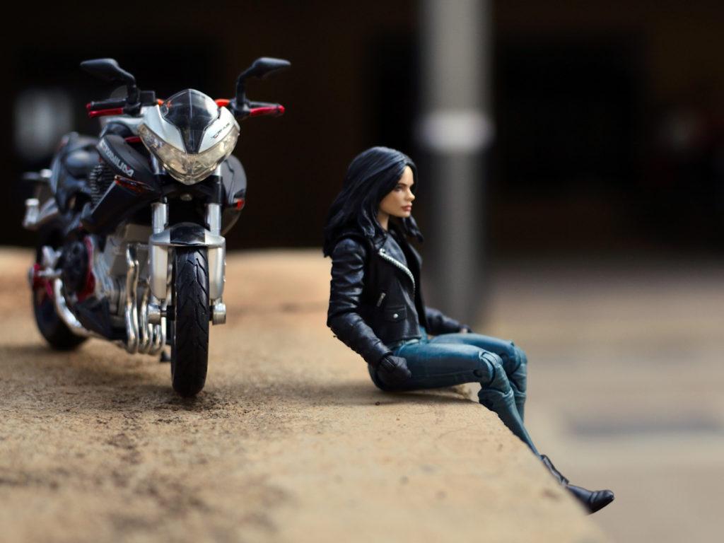 Jessica Jones Benelli TNT Titanium - Garage
