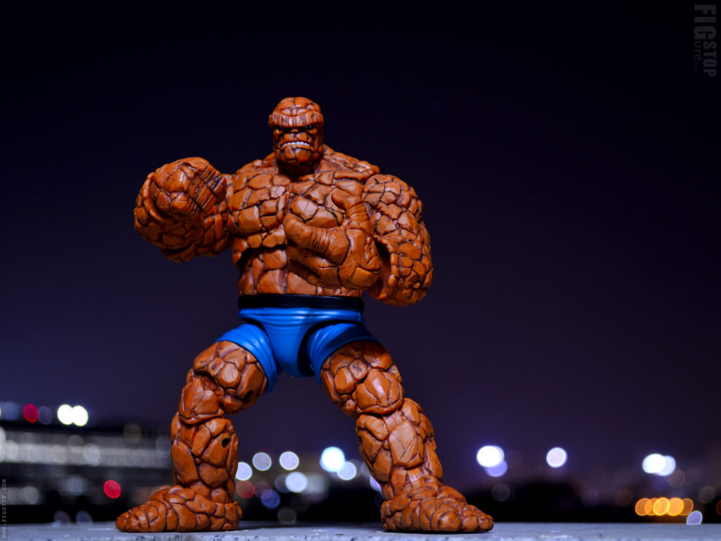 Walgreens Exclusive Marvel The Thing Angry Fist - Pose