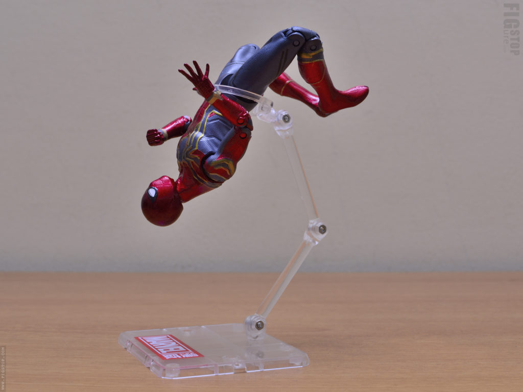 Chinese Iron Spider Flight Stand - Dive Pose