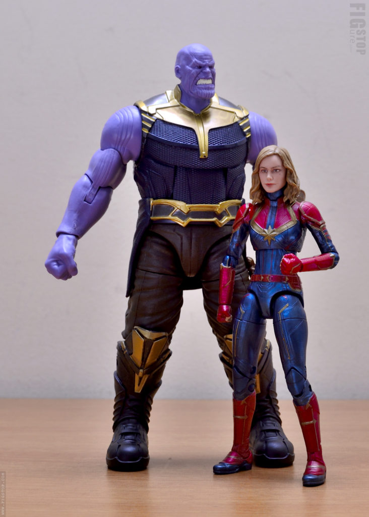 Hasbro Marvel Legends Captain Marvel and Thanos - Size Comparison