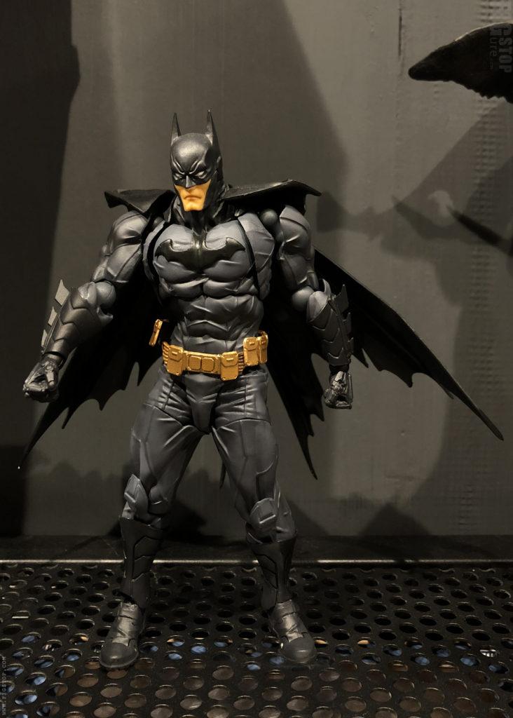 Batman Amazing Yamaguchi Action Figure