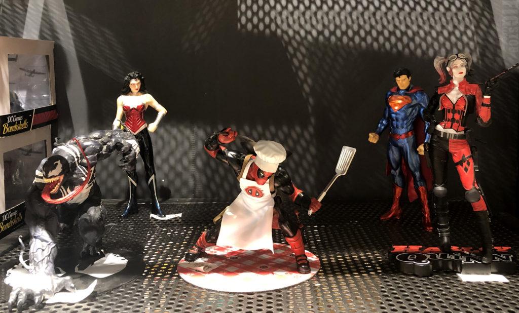 Deadpool - Statue